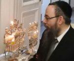 Hanuka Báruch Rabbi lakásán